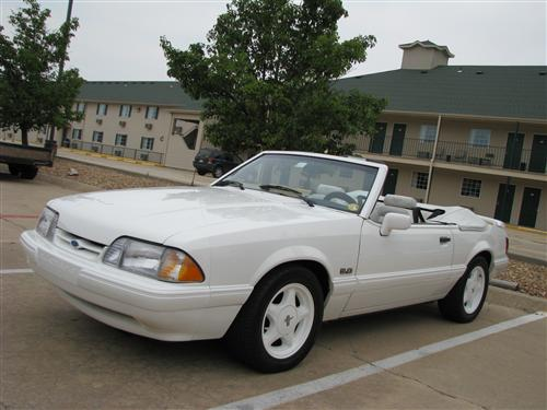Bill McGhee's 1993 Ford  Mustang