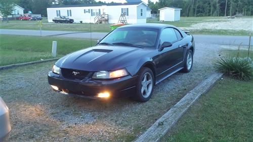 Billy Barkley's 2001 ford Mustang