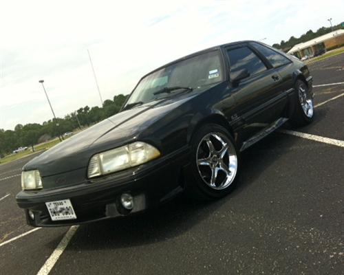 Brandon Kennedy's 1987 Ford Mustang GT