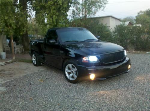 chris perez's 2000 ford lightning