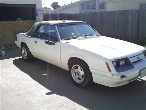 Dusty Norred's 1985 Mustang convertable