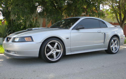 Gerry Cabrera's 2000 Ford Mustang GT