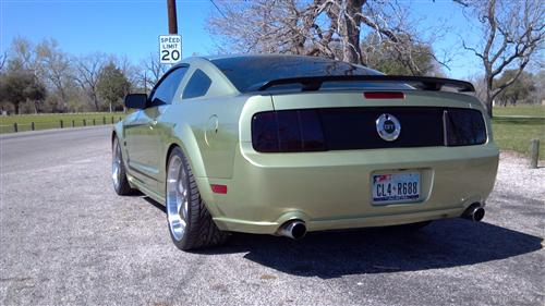 Hector Licon's 2006 Ford Mustang GT