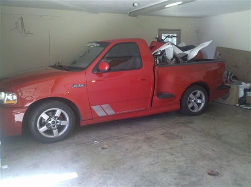 j.albert ochoa's 2001 ford lightning