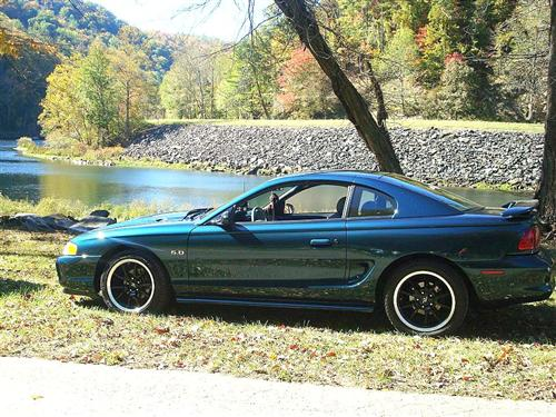 Jared Davis' 1995 Ford Mustang GT