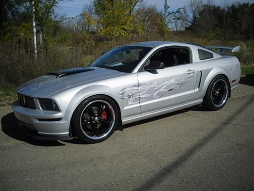 Jeffrey Perry's 2005 Ford Mustang GT