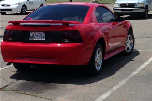 Justin Lyles' 2002 Ford Mustang V6