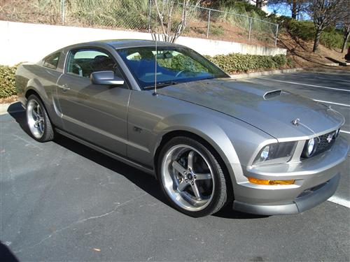 Larry Brashier's 2009 Ford Mustang GT