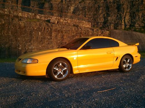 Nathan Kilberry's 1995 Ford Mustang GTS