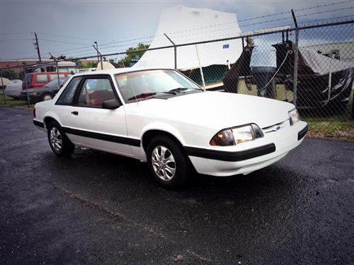 Nicholas Rivera's 1991 Ford  Mustang Notchback