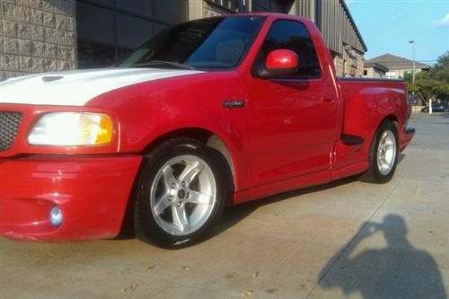 Ryan Wood's 2000 Ford Lightning