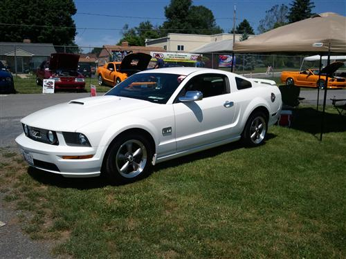Tommy Caudill's 2006 ford mustang gt