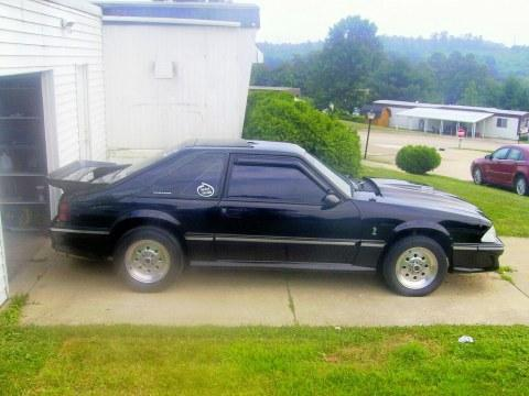 willis fath's 87 ford mustang gt